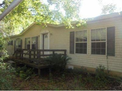 4 Bed 3 Bath Foreclosure Property in Irvington, AL 36544 - Wateroak Dr