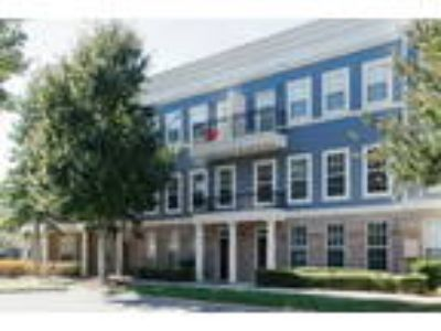 Worthington Luxury Apartments - Two BR, Two BA 1,079 sq. ft. (Greenwich)