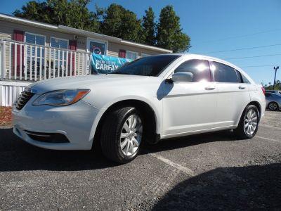 2013 Chrysler 200 Touring (White)