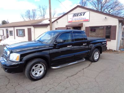 2005 Dodge Dakota SLT (Black)