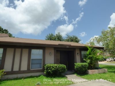 Nice 3 BR / 2 BA Home In Royal Manor Villas