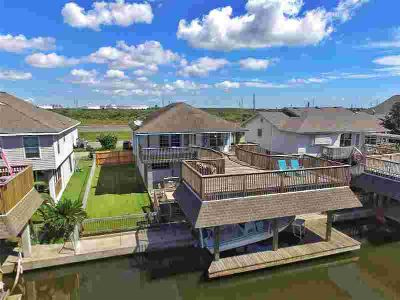 8 N Omega Street La Marque Two BR, Single story canal home with