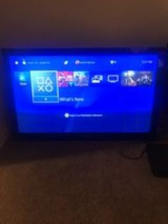 60 in tv two long lines shown while tv is on