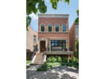 Chicago, , IL Listing Price: $2,089,000 Six BR, 4.3