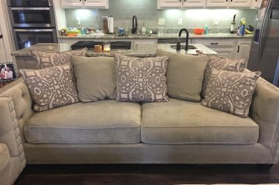 Living Set - Sofa, Loveseat *Deep & SO comfy * & Coffee table included!