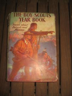 Antique 1937 boy Scout Year Book , of Patriots and pioneers.