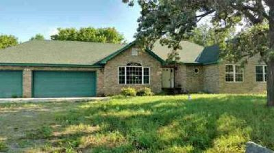 10550 127th Street Kimball Three BR, 1 story home with a full