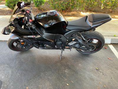 2012 Kawasaki ZX- 1000