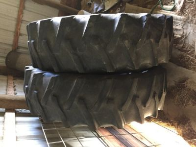 Used tractor tires 15.5/38 with tubes