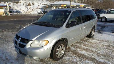 2003 Dodge Grand Caravan ES ()