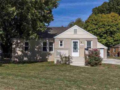 214 Circle Drive Collinsville, Brick Ranch with detached