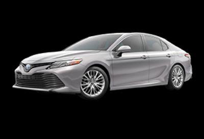 2019 Toyota Camry Hybrid XLE (Celestial Silver Metallic)