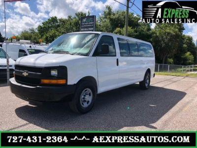 2007 Chevrolet Express 3500 LS 3500 (White)
