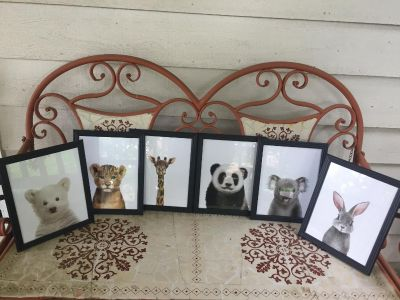 6 Piece Wall Set Or Can Be Displayed On Table