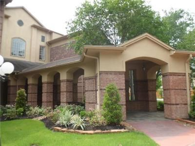 2 Bed 2 Bath Foreclosure Property in Humble, TX 77345 - Kings Crossing Dr Apt 220