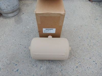"""Sell 12 x 7 ALUMINUM AIR PRESSURE TANK 150PSI MAX SINGLE 1/4"""" 3, 3/8"""" MRAP, AIR BAG motorcycle in King George, Virginia, United States, for US $32.00"""