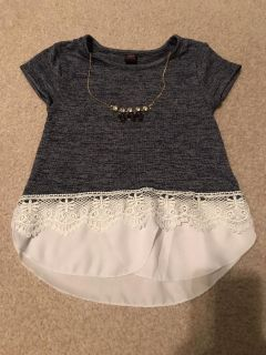 Cute top with attached necklace