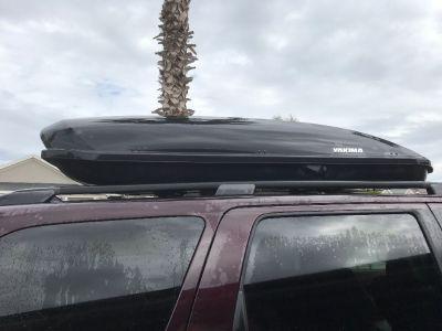 Yakama skybox car top carrier