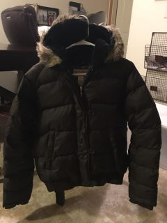Polo Ralph Lauren down puffer coat. New Condition. Chocolate Brown. Size Medium.