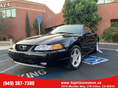 2000 Ford Mustang GT (Black)