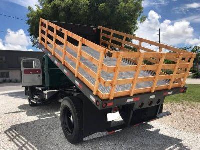 $28,995, 1963 White R25 Flat Bed Dump Truck