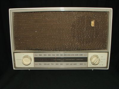 Vintage Zenith Radio AM/FM Working
