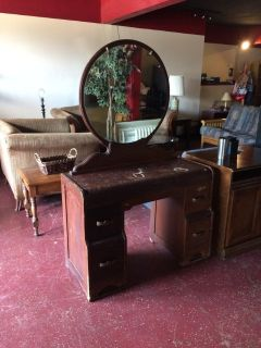 Antique Walnut Vanity With Round Mirror
