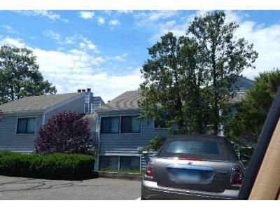3 Bed 2 Bath Foreclosure Property in Norwalk, CT 06854 - Rowayton Woods Dr