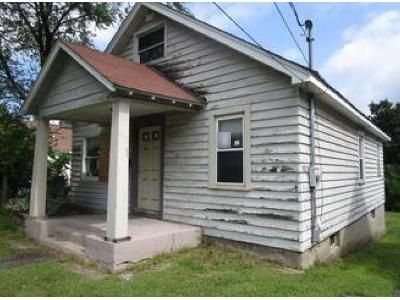 2 Bed 1 Bath Preforeclosure Property in Schenectady, NY 12302 - Vley Rd