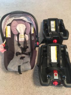 Infant car seat and 2 bases