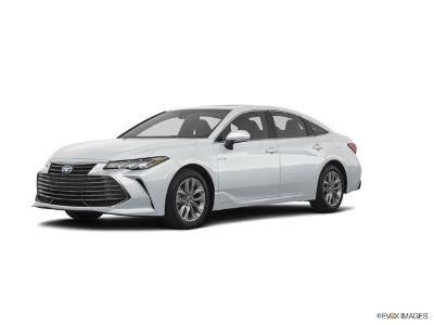 2019 Toyota Avalon XLE Plus (White)