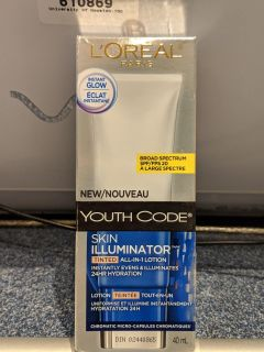 L'Oreal Paris youth code skin illuminator tinted all-in-one 24-hour hydration 40 ml