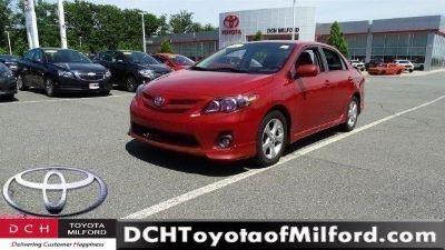 2013 Toyota Corolla Base (Barcelona Red Metallic)