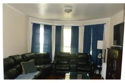 Bright and spacious 4 bedroom 2 full bath apartment. Parking Available!