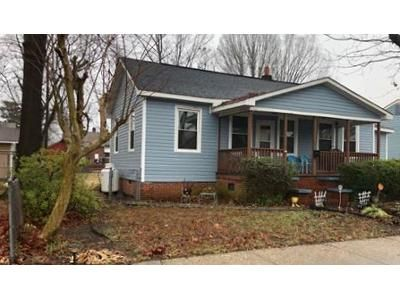 3 Bed 1 Bath Foreclosure Property in Hopewell, VA 23860 - N 8th Ave