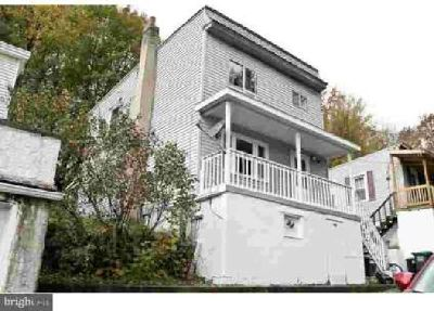 324 Lincoln St Tamaqua Three BR, Great starter home!