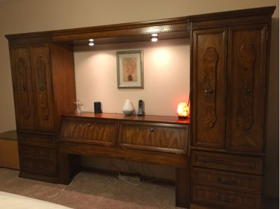 Solid wood Queen Pier/Wall Bedroom Set/Mirrors+Tall Dresser