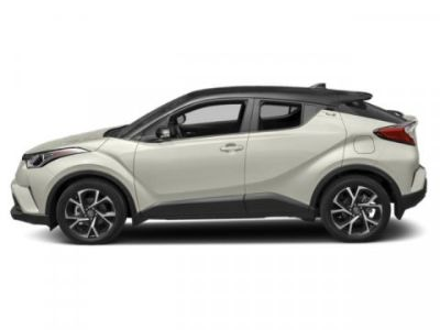 2019 Toyota C-HR XLE (Blizzard Pearl W/Black Roof)