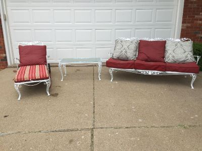 Vintage metal patio set with reversible cushions