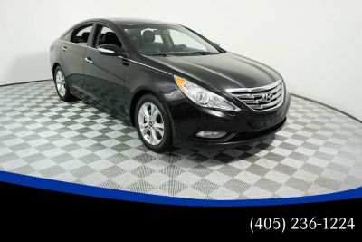 2011 Hyundai Sonata Limited (Phantom Black Metallic)