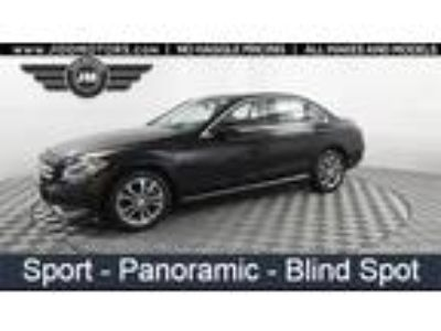 Used 2016 Mercedes-Benz C-Class Black, 48.9K miles
