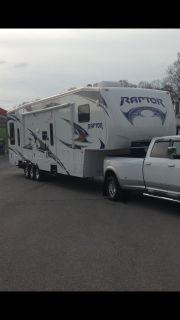 2011 Keystone RAPTOR 361LEV