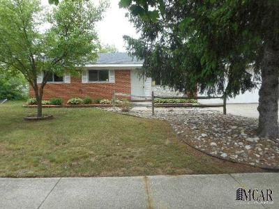 3 Bed 1 Bath Foreclosure Property in Lambertville, MI 48144 - Nottingham St