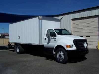 2005 Ford F750 Box Truck