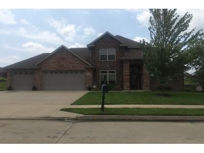 4 Bed 2.5 Bath Preforeclosure Property in Columbia, MO 65201 - August Briggs Dr