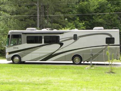2005 Thor Motor Coach FOUR WINDS INFINITY
