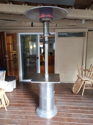 Patio Outdoor Heater PH2800-D nice little table to sit around.