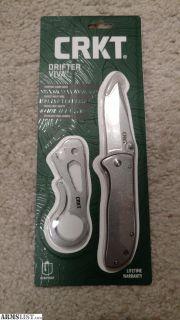 For Sale: CRKT knife set