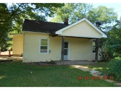 2 Bed 1 Bath Foreclosure Property in Crystal City, MO 63019 - Crystal Heights Rd