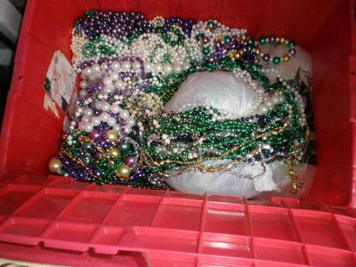 MARDI GRAS BEADS (YOUNGSVILLE)